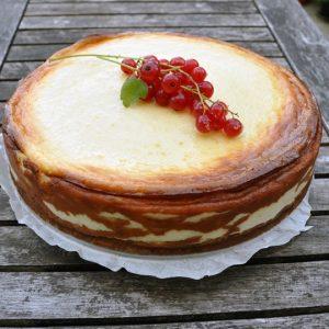 Baked Mascarpone Cheesecake